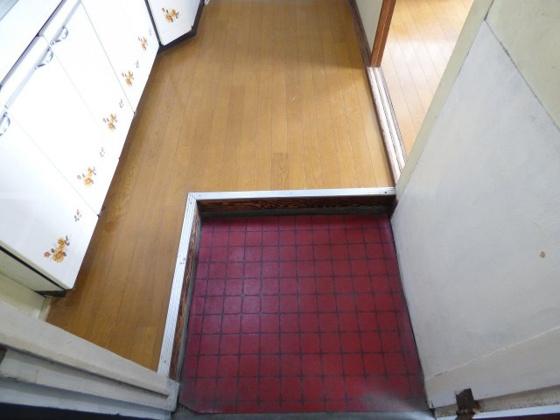 玄関お部屋の入り口はシンプルが一番