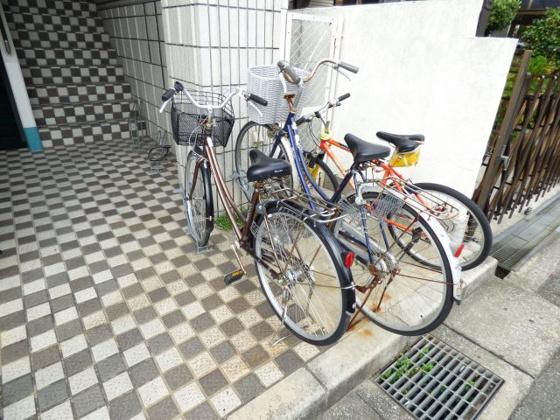 その他自転車はこちらへどうぞ