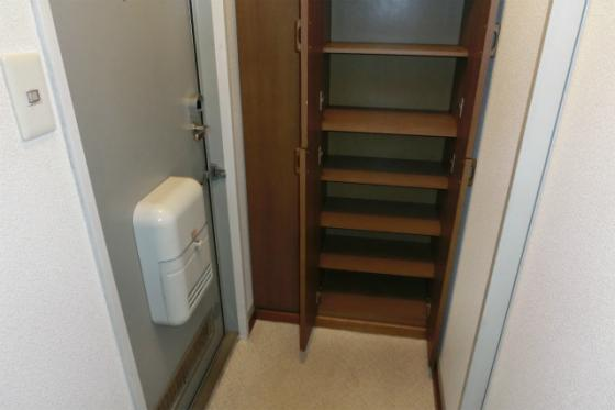 収納玄関にはたっぷり収納の下駄箱