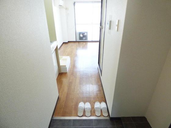 玄関すっきりとした玄関スペース。