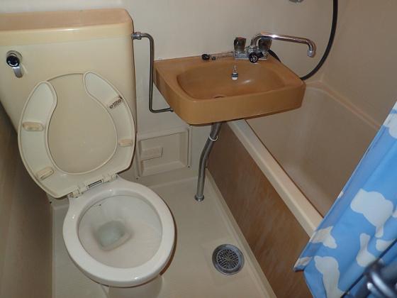 トイレこれから、リフォーム前です。