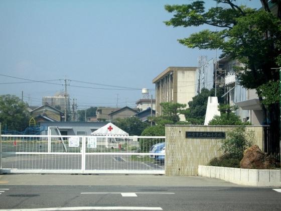 周辺神山小学校