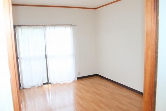洋室1部屋は欲しい洋室です♪