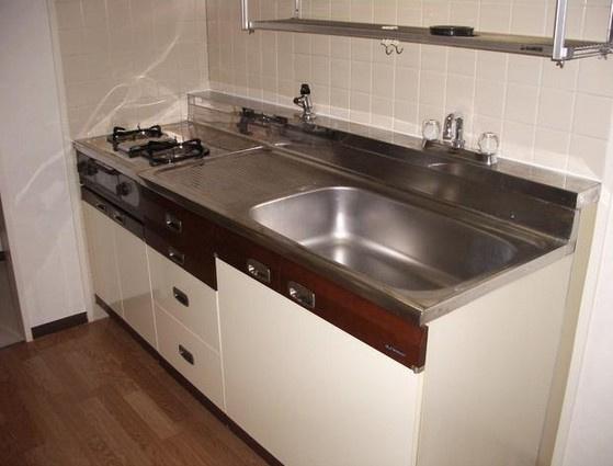 キッチン便利な2口システムキッチン