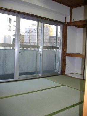 内装日本人はやっぱり和室・・(´U`)!?緑色の綺麗な畳で居心地も◎♪♪