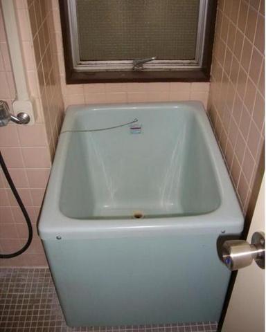 浴室懐かしいサイコロ風呂☆昔を思い出しますねー(*´∀`)