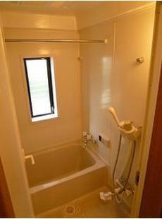 浴室追い焚き機能&浴室乾燥機のW設備!!こりゃ便利ですね~(≧▽≦)
