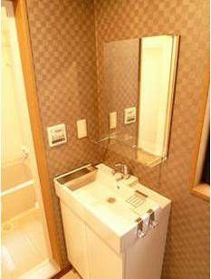洗面所独立洗面台☆脱衣所スペースにもなりますね!