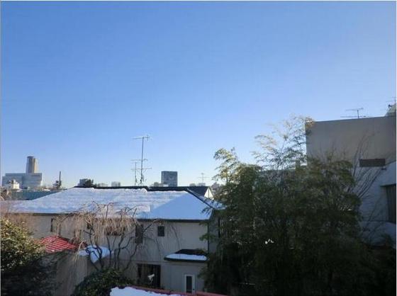 その他青い空がしっかり見えます!日当たりも眺望もGood☆彡