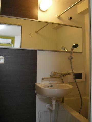 浴室浴室TV付
