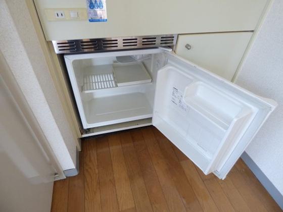 その他便利なミニ冷蔵庫付き。