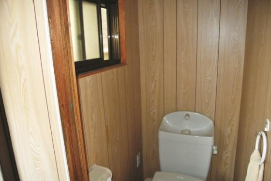 その他窓がある風通しの良いトイレ。