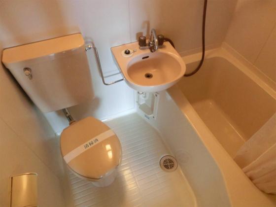 トイレバストイレ