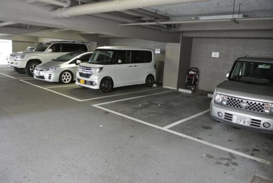 その他専用の駐車場があります。