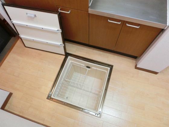 キッチン床下収納ありです