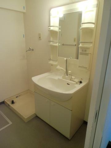 独立洗面台ワイドタイプのシャンプードレッサー