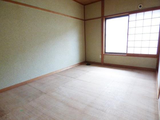その他客間としても使いやすい和室。