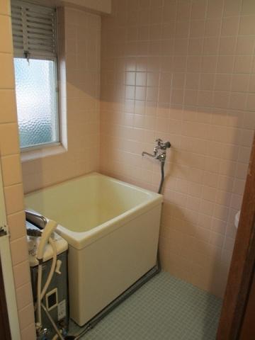 浴室バランス釜