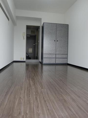 洋室とても開放感のある洋室です。