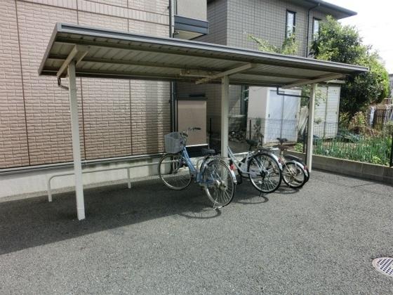 設備駅近でももちろん駐輪スペースあります