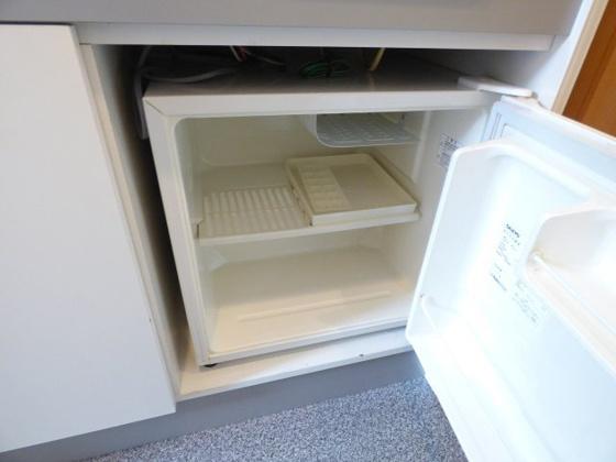 その他ミニ冷蔵庫もありますよ。