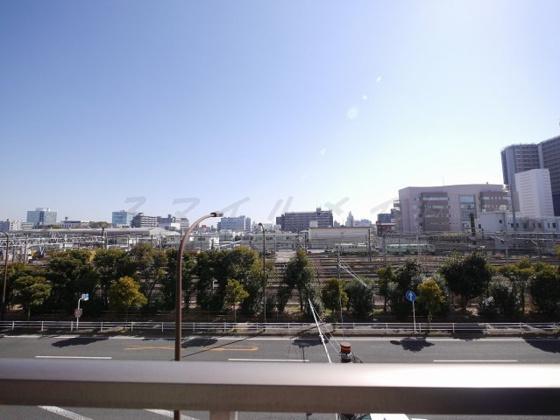 展望バルコニーからの眺望・南東向き・陽当たり良好です。