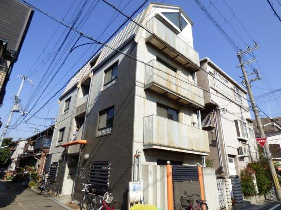 その他尼崎市西難波町4丁目にございます。