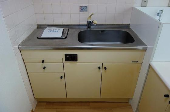 キッチンIHコンロ付のキッチンスペース