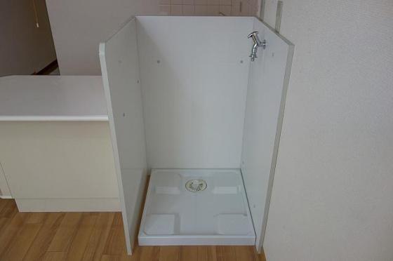 室内に洗濯機置き場を新設しました