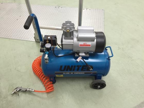 設備エアーコンプレッサー 洗車や整備に最適