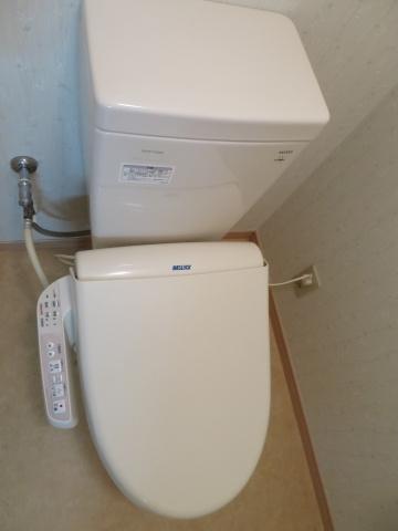 トイレシンプルで使いやすいトイレです