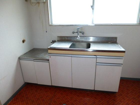 キッチン扉の色を変えるとイメージ変わります