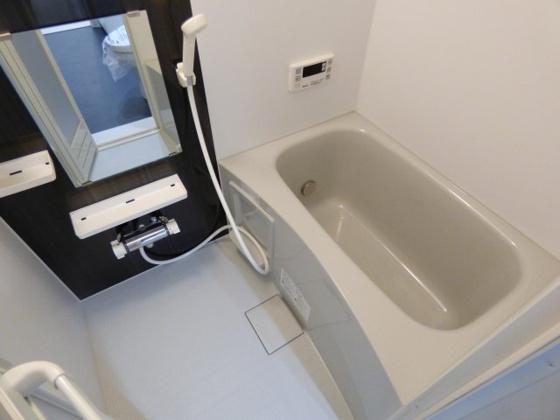 浴室一日の疲れを洗い流して下さい。