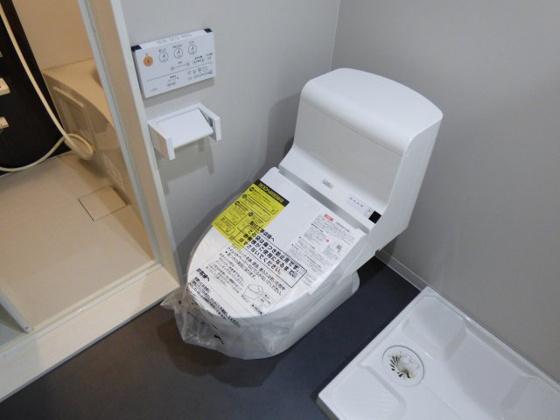 トイレ温水洗浄便座が嬉しいですね。