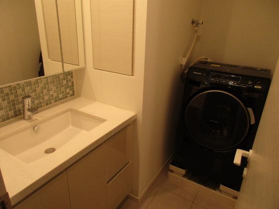 設備コンフォリア新宿イーストサイドタワー 洗濯機