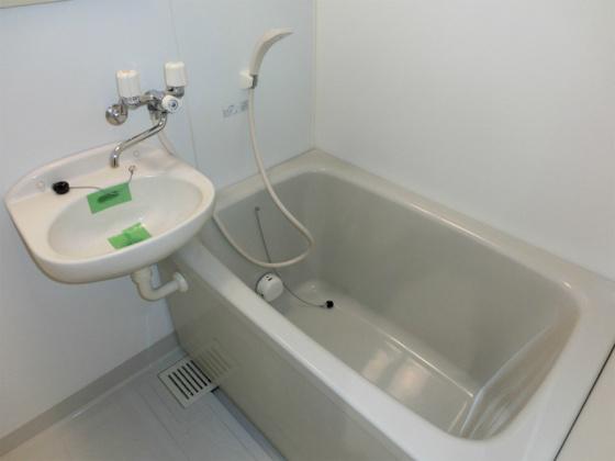 浴室トイレが別なので広く使えます