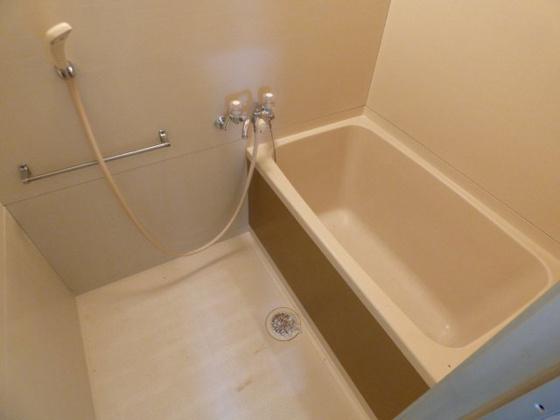 浴室ゆったりくつろげるバスルーム