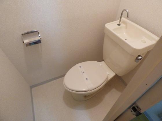 トイレ清潔感のあるキレイなトイレ