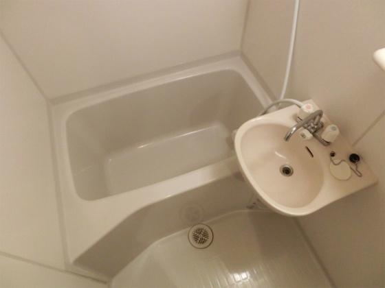 浴室高温差し湯式の浴室
