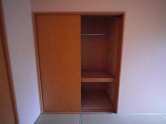 収納広々収納・棚があり整理・整頓しやすいです。