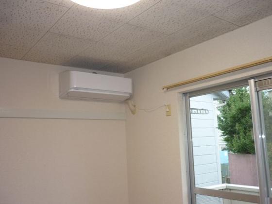 洋室エアコン交換済・LED照明付。