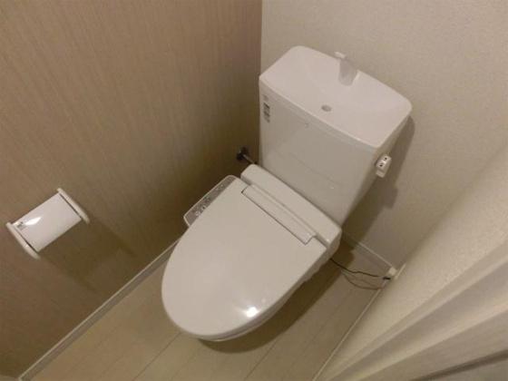 トイレ温水洗浄便座