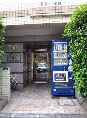 エントランスプレール・ドゥーク新宿曙橋