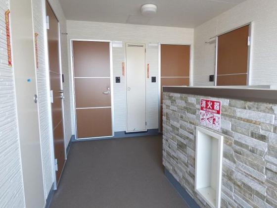 その他うれしい全戸角部屋設計。