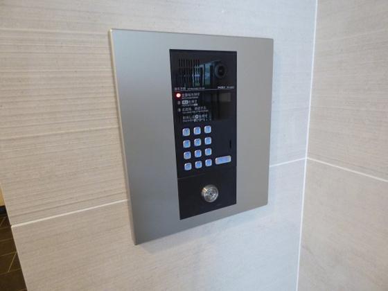 その他移動も楽々のエレベーター。