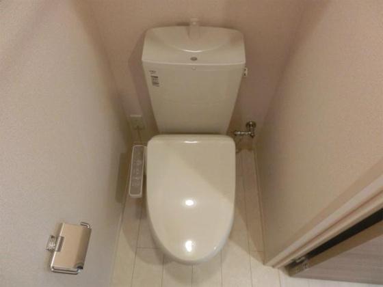 トイレトイレはウォシュレット付