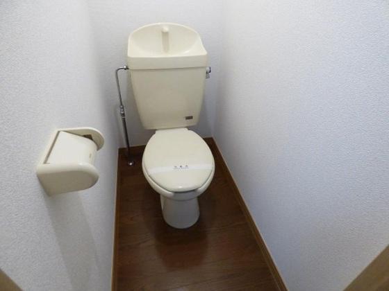 トイレ清潔感のあるキレイなトイレ。