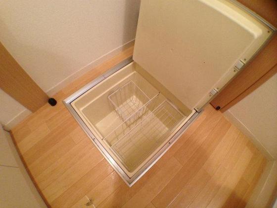 設備床下収納