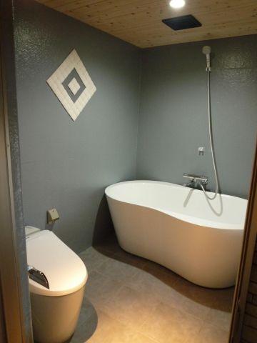 浴室洗練された雰囲気のバスルーム