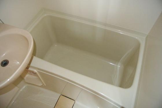 浴室一日の疲れを洗い流して下さい